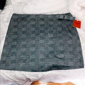 Plaid high waisted mini skirt